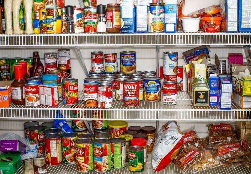 What to Keep in a Well-Stocked Kitchen Pantry Cabinet